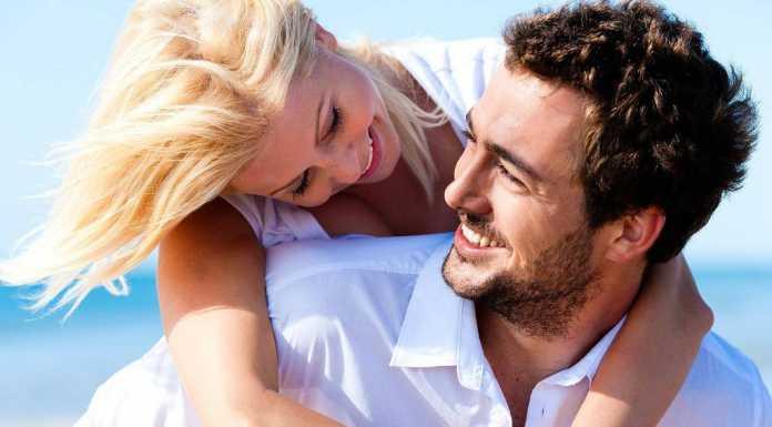 Tips seks : 10 Hal aneh yang bisa bikin pria bergairah