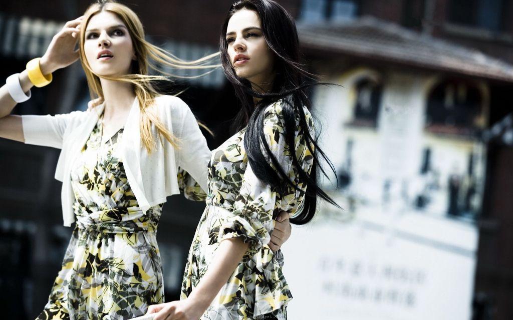 Brand Aigner fashion-girls-320526