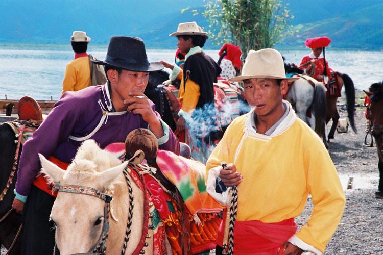 Penganut Poliandri Suku Mosuo di Daratan China 3