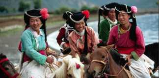 Penganut Poliandri Suku Mosuo di Daratan China 4