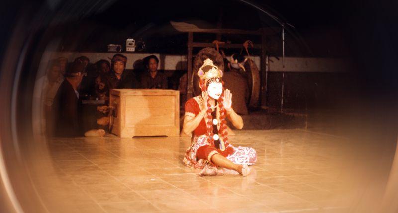 Tari topeng Panji Cirebon