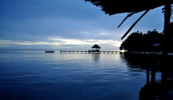 Wisata Pantai Ora di Kepulauan Maluku Tengah 2