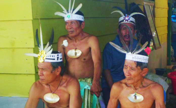 Penjaga Pintu Kepala Suku Pulau Enggano