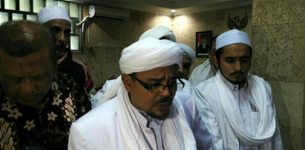 Menjual Islam dengan Risalah Istiqlal