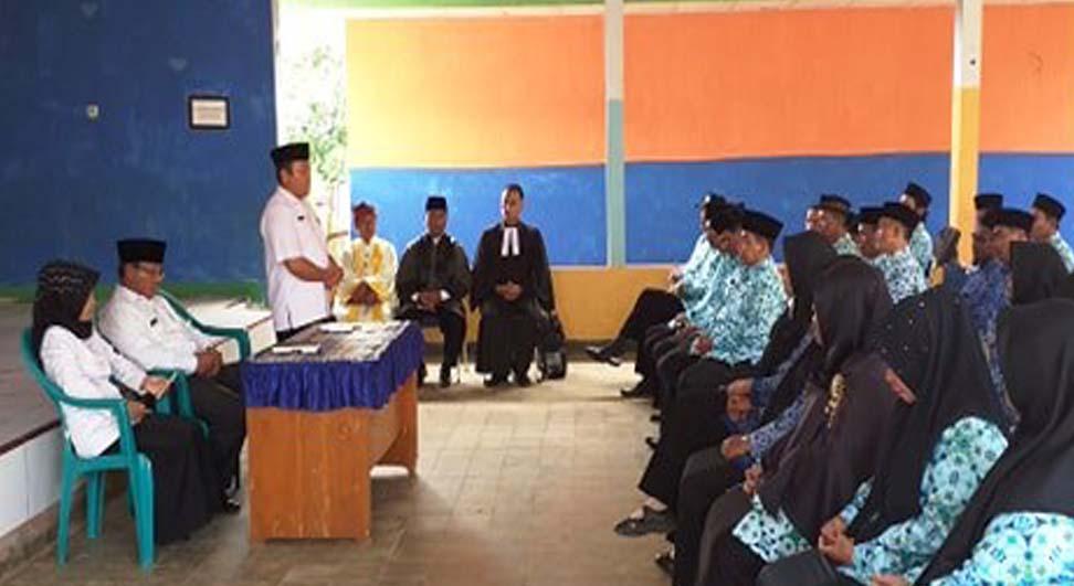 51 Kepsek SD dan SMP Bengkulu Utara Dilantik