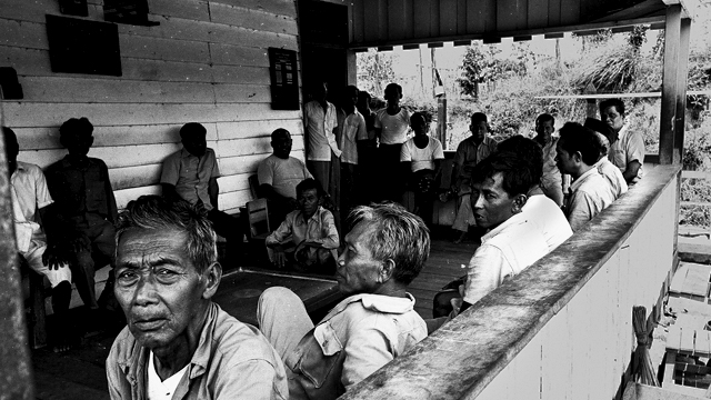 Political-detainees-at-Sumber-Rejo-prison-camp-East-Kalimantan-1977-Photo-David-Jenkins