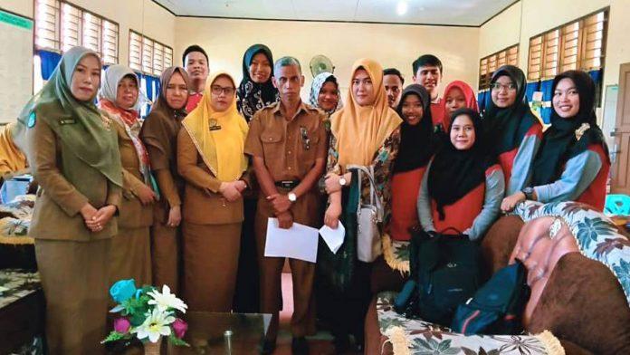 11 Mahasiswa STKIP Rokania PLP II di SMP Negeri 1 Rambah