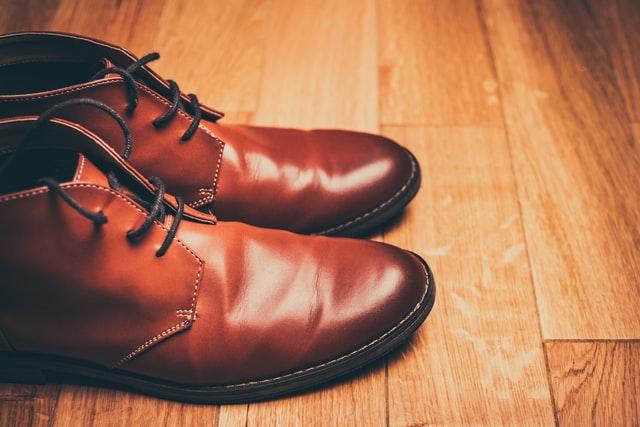 membeli sepatu online