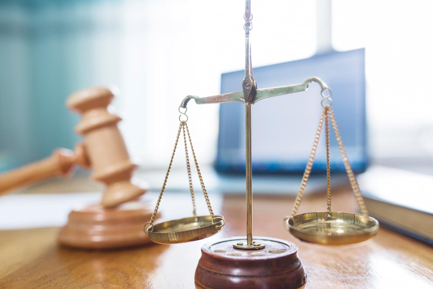 Pandangan Masalah Hukum